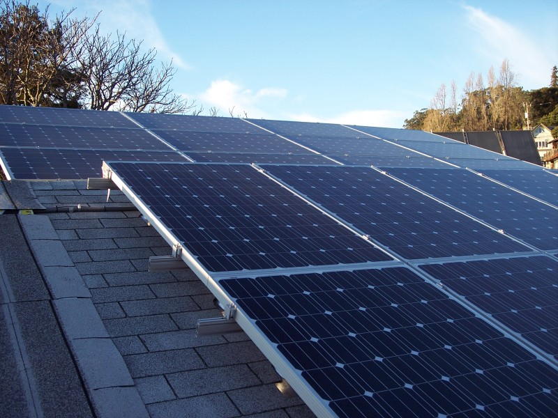 PV_solar_roof_mount_and_rack